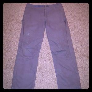 ARC'TERYX Men's Traveling/ Work Pants